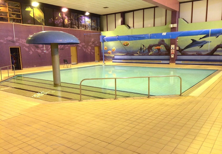 Valley leisure centre michael nugent ltd electrical services for Family hotels belfast swimming pool